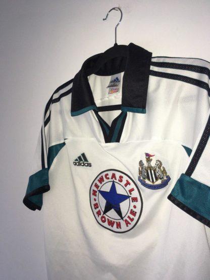 NEWCASTLE UNITED 1999/2000 AWAY SHIRT
