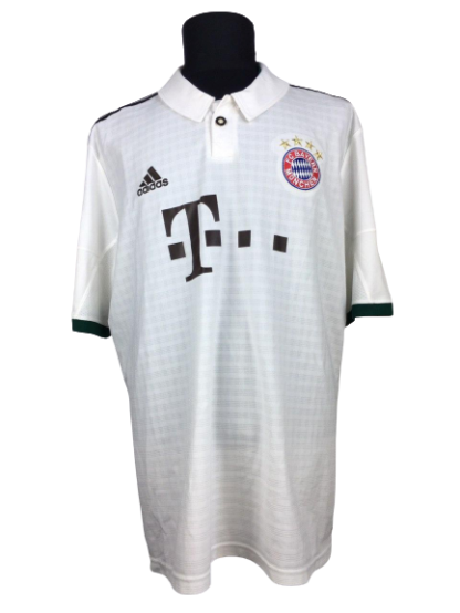 BAYERN MUNICH 2013/2014 AWAY SHIRT