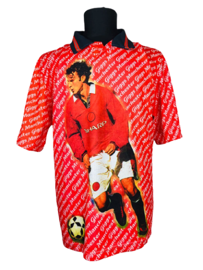 MANCHESTER UNITED 1990'S GRAPHIC TEE